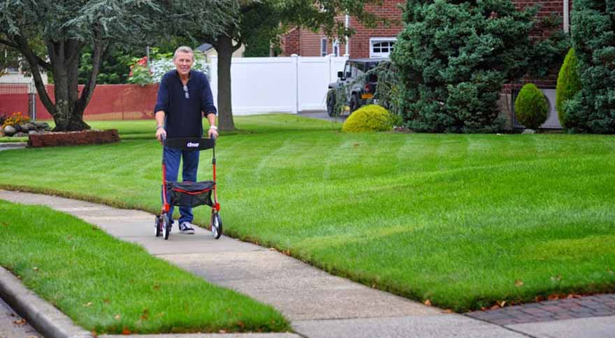 Top 8 things to know when buying a Rollator